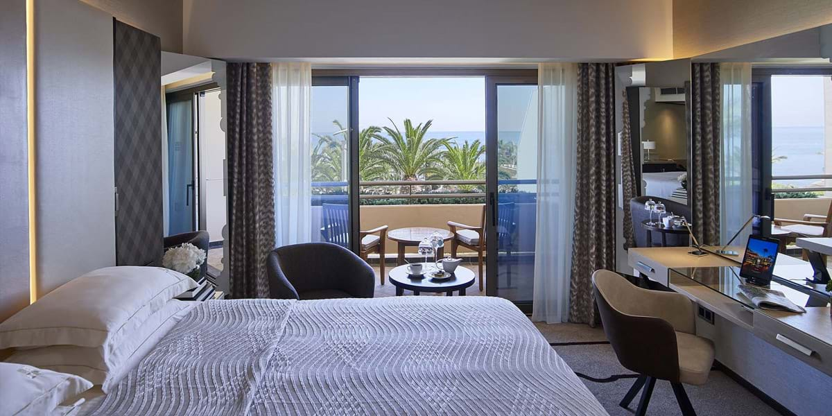 Beach Studio Upper Floor, luxury hotel Limassol